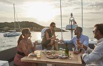 Prestige Yachts 630S Dining Alfresco