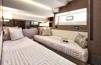 Prestige Yachts 630S Sliding Bunk Bed