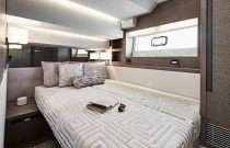 Prestige Yachts 630S Sliding Bunk Cabin