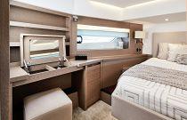 Prestige Yachts 630S Vanity