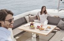 Prestige Yachts 680S Bridge Dining Area