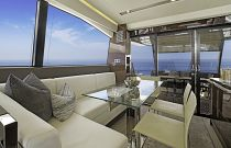 Prestige Yachts 680S Aft Dining Area