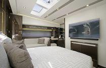 Prestige Yachts 680S VIP TV