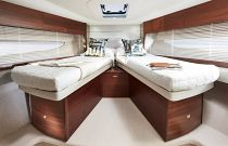 Princess Yachts V50 Open Scissor Berths