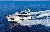 Absolute Yachts 48 Navetta Running