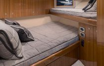 Viking Yachts 44 Convertible Port Cabin
