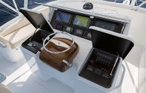 Viking Yachts 44 Convertible Helm Electronics