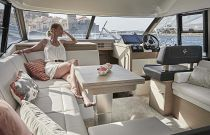 salon on the prestige 420 flybridge