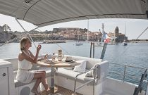 specatcular views on the prestige yachts 420