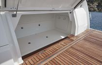transom garage on the Prestige 420 flybridge yacht for sale