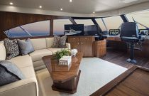 Viking Yachts 92EB Salon