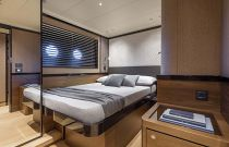 guest room with bed together on navetta 68