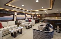 Viking Yachts 92 Salon Seating
