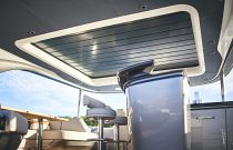 flybridge sunroof closed