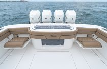 Transom Seating on Valhalla V-41