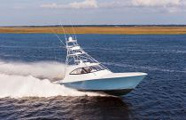Viking Yachts 52ST Beach