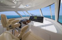 Viking Yachts 52 Open Centerline Helm Chair