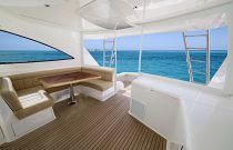Viking Yachts 52 Open Starboard Additional Seating
