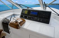 Viking Yachts 48 Open Command Deck