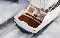 Viking Yachts 48 Open Split Observation Mezzanine