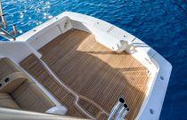 Viking Yachts 44 Open Teak Cockpit