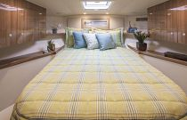Viking Yachts 42 Sport Tower Sleep Cabin