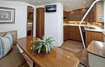 Viking Yachts 42 Open Dinette