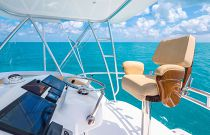Viking Yachts 37 Billfish Tower Helm Chair