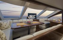 Viking Yachts 75 MY Breakfast Area