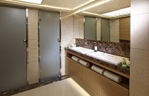 Princess Yacht 40M Dual Showers