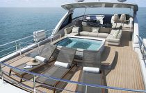 PRINCESS 30M Upper Deck Sun Loungers