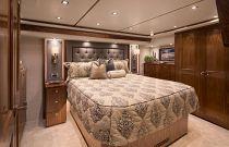 Viking Yachts 72 Convertible VIP Stateroom