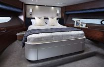 Princess Yachts 88 Forward Cabin
