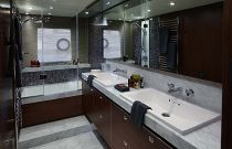 Princess Yachts 82 MYDouble Sink Head